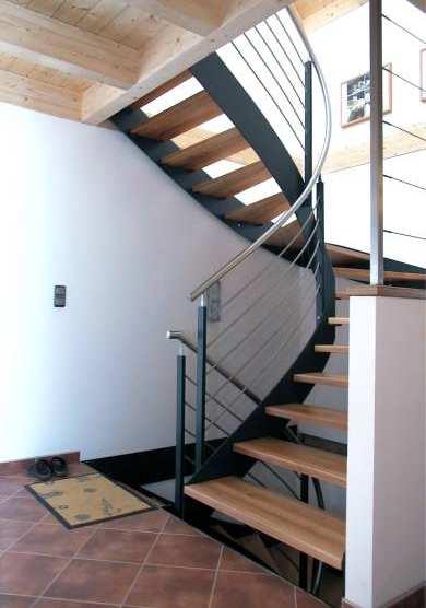 Halbgewendelte Treppen metallbau zeilbeck handwerksbetrieb schlosserei spenglerei